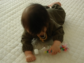 遊ぶ息子_2.JPG